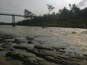 Sungai Cipamingkis By Lia