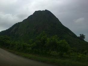 Gunung Batu by Hijihawu